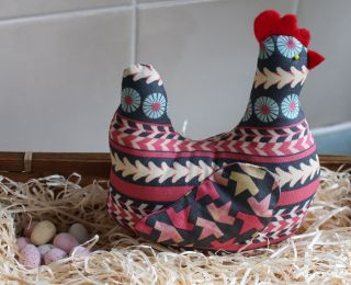 Chicken Pin Cushion Tutorial and Template
